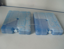 Durable ice cooling box for food