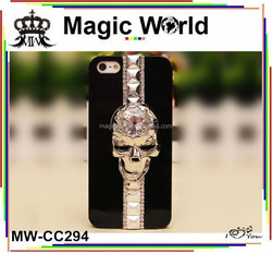 Skull crystal plastic phone case for blackberry