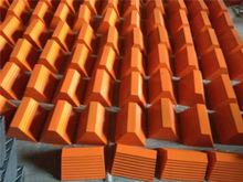 Competetive Price Rubber Material Truck Wheel Chock for wheel stopper