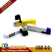 Custom Advertisement Gift Plastic Truck 4GB USB Pen