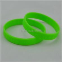 Debossed Silicone Wristband Bracelet, Custom Logo Advertisment Gift