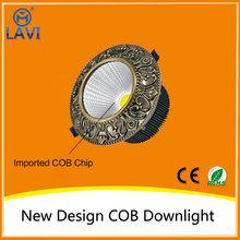 Decoración de oro llevó la alta potencia de alto lumen 7 W led cob downlight de forma redonda para el hogar altar