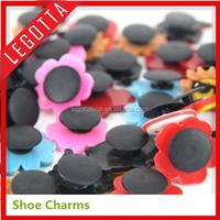Free samples high profit hot promotion shoe charm premium gift for crocs