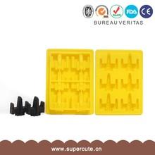 Casabella Silicone Mini Cube Ice Cube Tray, Silicone Ice Tray 15 Cube Set of 2