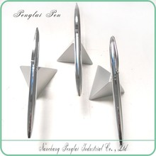 2015 Silver Metal Pyramid Ball Pen Magnetic Floating Desk Ball Pen With Holder novelty floating pen