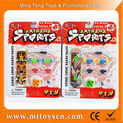 mini finger skateboard toy wholesale cheap china toy