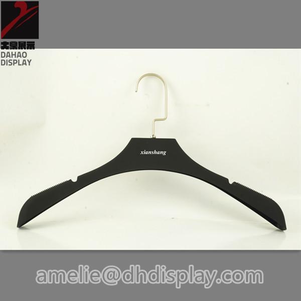 black wooden hangers 2
