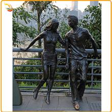 Modern Art Outdoor Decor Bronze Lovers Sculpture Woman And Man Bronze Statue