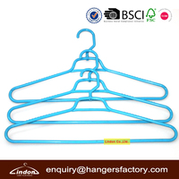 sale plastic clothes hangers with swivel hook
