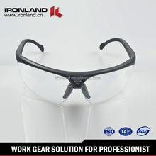 Meets the ANSI.Z87.1 class 1 Meets anti-impact standard CE EN166 Standard ski goggle