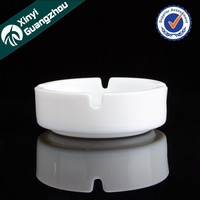 White colored glass ashtray / hand made high quality round ashtray