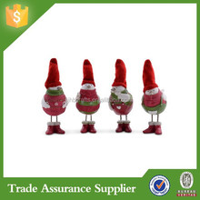 China Supplized Standing Resin Winter Bird Christmas Ornaments