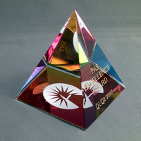Optical colorful crystal pyramid with 3d laser engraving logo