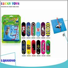 New finger skateboarding Famous Indoor Sport for kidsnew design fashion finger skate toys wholesale