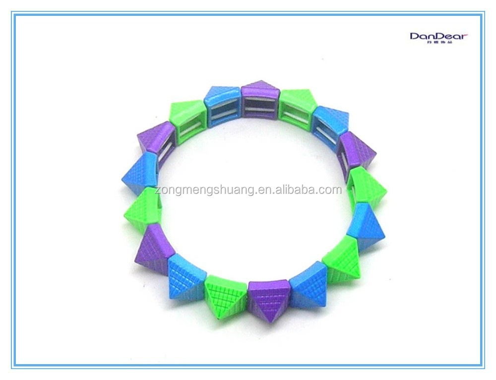 2015 plastic child gps tracker bracelet wholesale buy