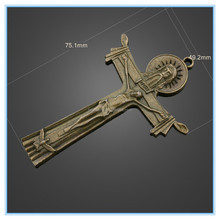 Factory Price New Design Holy Cross Unique Charms For Memory Living Glass Locket Pendants