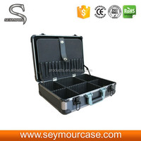 Hard Aluminum Metal Case with Lock and Pockets