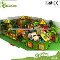 Área de juegos tipo jungla y grandes toboganes de interiores para niños en venta