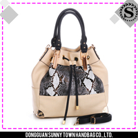 2015 Specifically designed good service synthetic leather bag