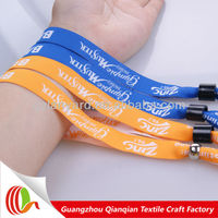 Promotional debossed wristband making machine