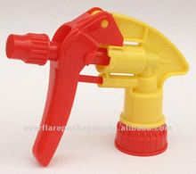plastic trigger sprayer in difference color with good quality