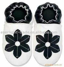 venta caliente de cuero suave zapatos de bebé