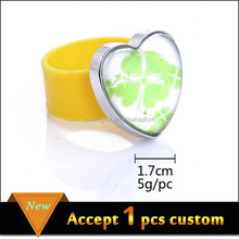 Fashion jewelry silicone rubber wedding finger ring for gift
