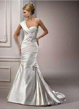 una correa de vestidos de fiesta de tafetán de la boda