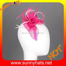 Fashion Ladies Fuschia White Sinamay Flower Party And Wedding Hat Accessory With Feather Wholesale