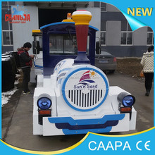 2015 Henan kids games railtrain ride machine trackless road train for park