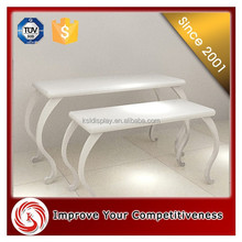 Fashion and modern design pretty name brand mdf baby clothes retail clothes store furniture display stand/table/shelf