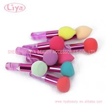 surtidor de la fábrica de maquillaje cepillo de polvo de color personalizado