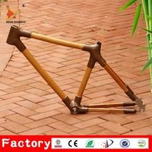 Custom made light handmade 700C BB68 disc brake carbon road racing bike frame