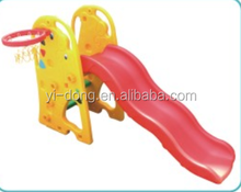 Funny gifaffe style plastic slide for children