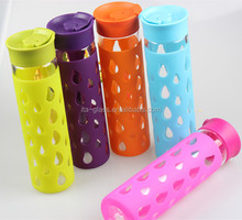 Promotional items factory OEM handmade transparent round personalized portable borosilicate glass water sports bottles with lid