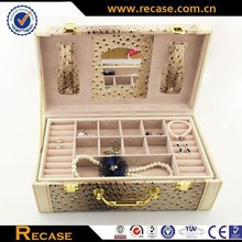 Portable jewelry leather box with multi-function districts,carring jewelry cases