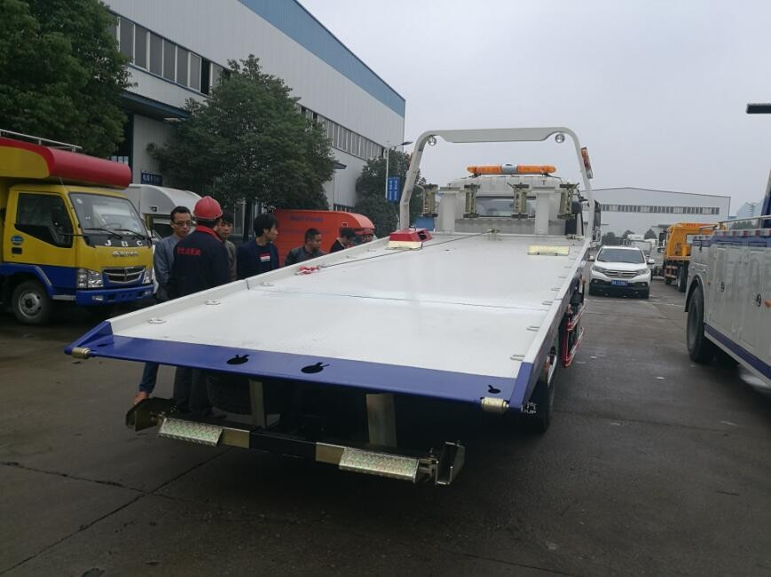 Cn Emergency Car Carrier Slide Bed Tow Truck 4 Ton Flatbed