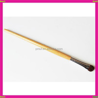 Baoli lady cleaning horse hair nose brush with wood handle