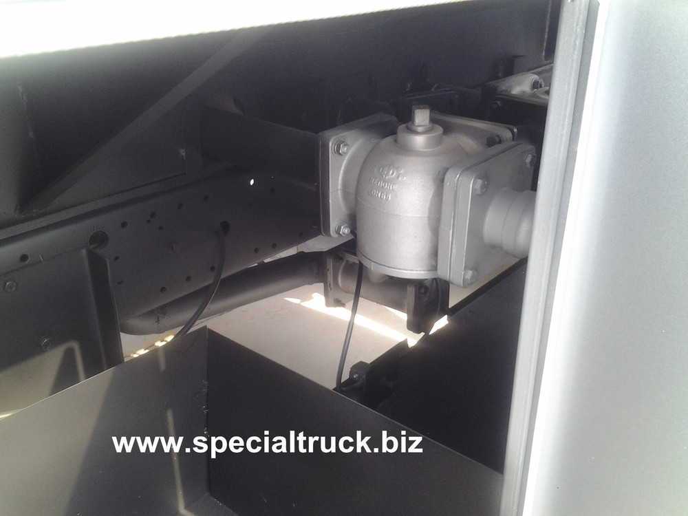 10000Litre Fuel truck FOTON brand for Aferica market