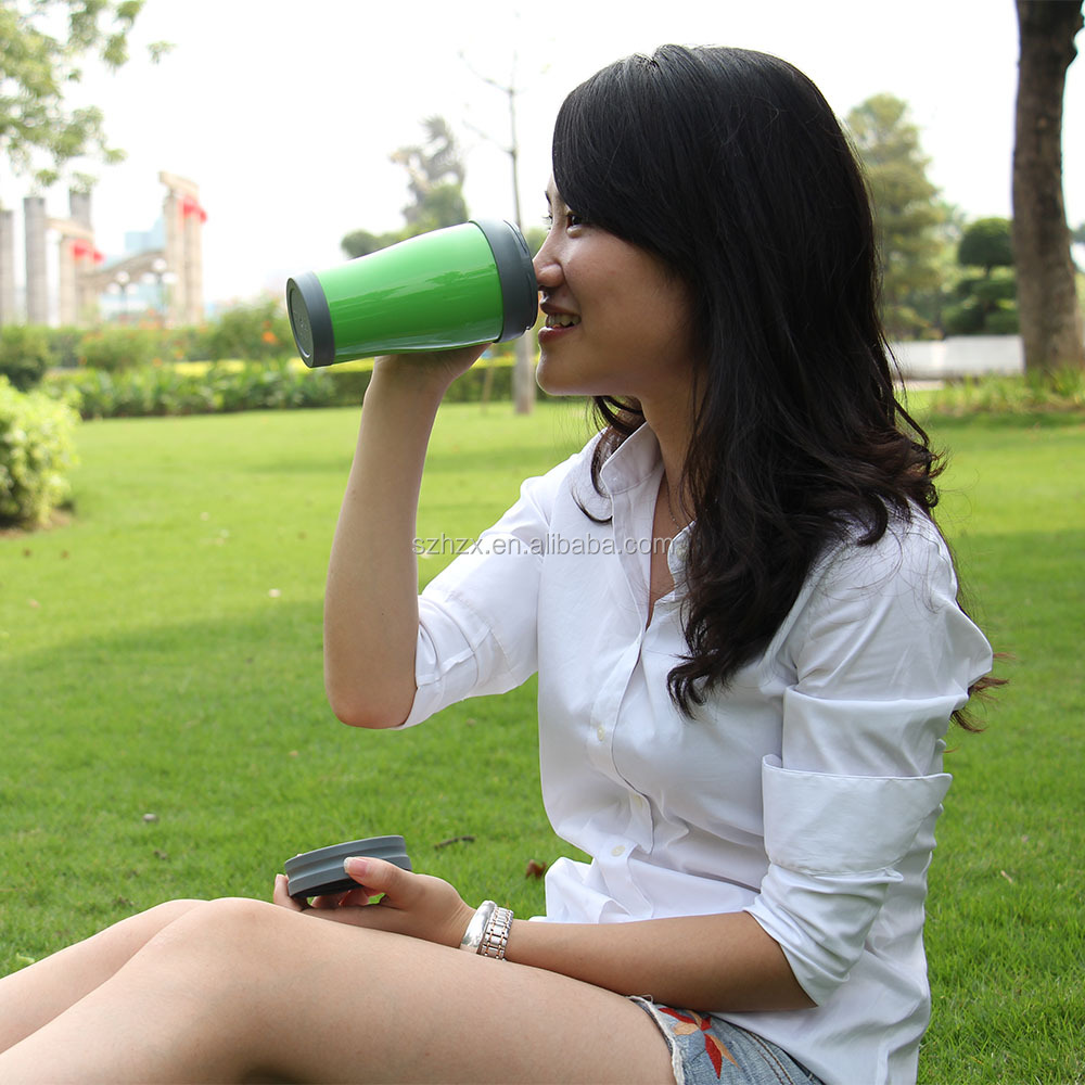 reusable coffee cup with lid.JPG