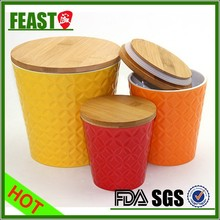 2015 Supermarket fancy gift colorful air tight ceramic jar with sealed bamboo lid