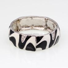 Fashion black and white enamel elastic bangles S12