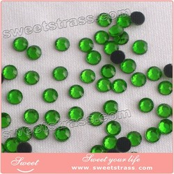 China A Cheap Rhinestone hotfix flatback Rhinestones Peridot Emerald Green