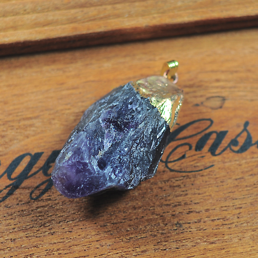 как драгоценные камни у нас есть: