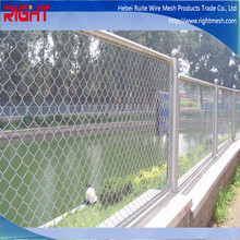 Wholesale Easily Assembled PVC Coated Used Chain Link Fence Artistic