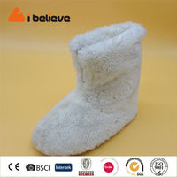with zipper pure white and black boots for women