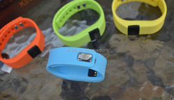 """Elephone W1 Smart Bracelet with 0.49"""" OLED 64*32 dots LCD Screen 180m0Ah Battery 180h Standby time"""