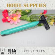 Fácil de llevar portátil de dos filos de cuchillas de afeitar y shaving kit con crema de afeitar