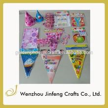 fiesta de cumpleaños de decoraciones con globos triángulo de banderas