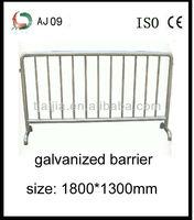 Type U galvanization iron temporary traffic barricade